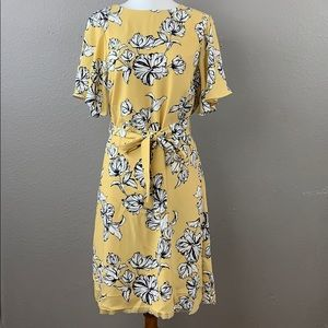 H&M yellow & white floral belted dress